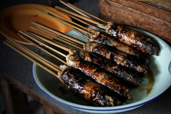 Sate Buntel Tambak Segaran 625 Tempat Wisata Kuliner Di Solo Yang Wajib Dikunjungi